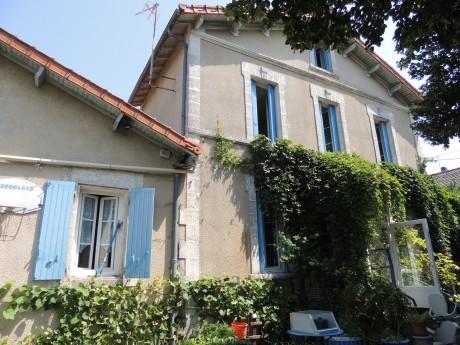 Maison Viager occupé à Gond-Pontouvre