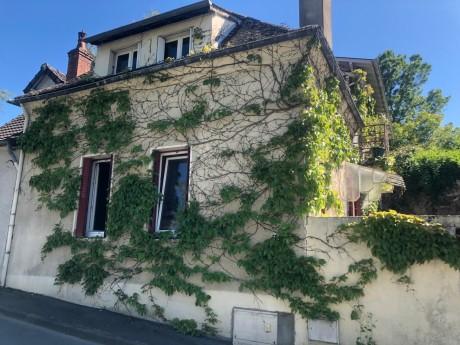 Maison Nue-propriété à Bourbon-Lancy