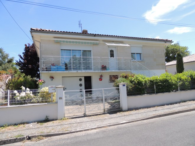 maison-viager-occupe-a-cozes